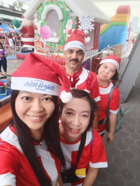 Santa Run for Wishes 2019 image #07