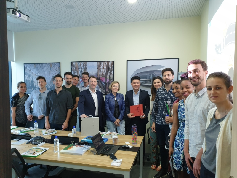 French students visit Saint-Gobain Singapore image #08